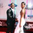 """Omarion et sa compagne Apryls Jones à la soirée des """"BET Awards"""" à Los Angeles le 29 juin 2014."""