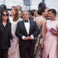 """Chantal Lauby, Julia Piaton, Christian Clavier et sa femme Isabelle De Araujo - Montée des marches du film """"Jimmy's Hall"""" lors du 67e Festival du film de Cannes le 22 mai 2014."""