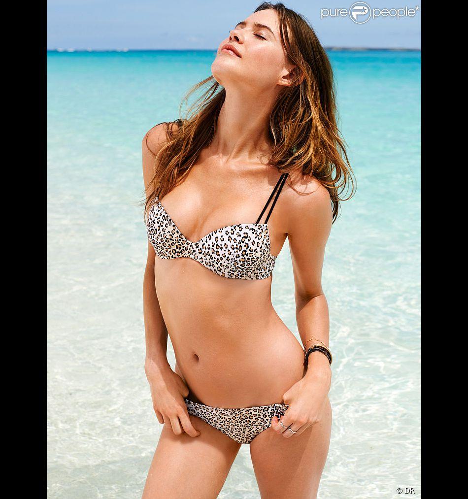 Behati Prinsloo, torride en bikini pour Victoria's Secret.