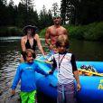 Melissa Joan Hart a pris la pose en maillot de bain à l'occasion de vacances familiales, le 2 juillet 2014.