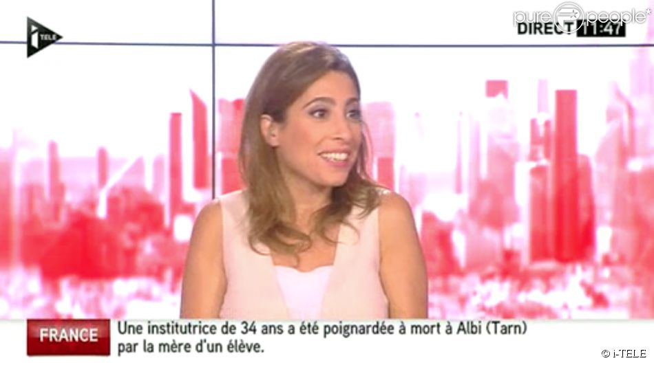 """Léa Salamé, qui remplace Natacha Polony dans """"On n'est pas couché"""" sur France 2, a dit au revoir à ses polémistes de """"Ça se dispute"""", Eric Zemmour et Nicolas Domenach. Sur i-TELE, samedi 5 juillet 2014."""
