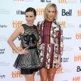 """Linda Cardellini, Kristen Wiig - Première du film """"Welcome to Me"""" lors du festival du film de Toronto le 5 septembre 2014."""