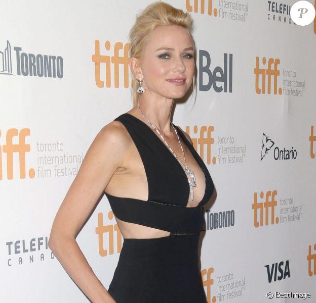 """Naomi Watts - Première du film """"St. Vincent"""" lors du festival du film de Toronto le 5 septembre 2014."""