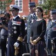 La princesse Mary et le prince Frederik de Danemark ont assisté le 5 septembre 2014, au Kastellet de Copenhague, à la cérémonie du jour du drapeau en   commémoration des soldats danois tombés au champ d'honneur.