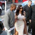 Kim Kardashian et Kanye West font du shooping à Sydney, le 14 septembre 2014.