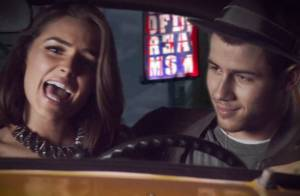 Nick Jonas : Sa chérie Olivia Culpo sexy à tomber dans le clip de ''Jealous''