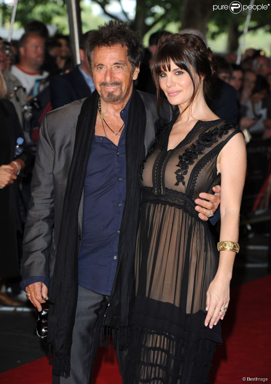 who is al pacino currently dating