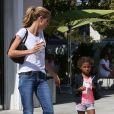 Heidi Klum achète des glaces pour ses enfants à Los Angeles, le 27 septembre 2014.