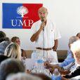 Alain Juppé et sa femme Isabelle lors d'un déjeuner-débat à Castillon-de-Castets le 27 septembre 2014.