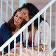 Alyssa Milano et Rochelle Aytes sur le tournage de Mistresses à Santa Monica, le 27 mars 2012.