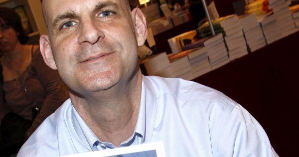 Harlan coben au salon du livre paris en 2008 for Livre jean dujardin