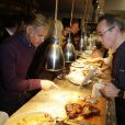 """Paul Belmondo - Présentation du livre d'Hélène Darroze, """"Les recettes de mes grands-mères"""", dans son restaurant parisien de la rue d'Assas, le 20 octobre 2014."""
