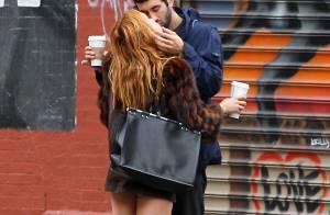 Scout Willis : Baisers passionnés en pleine rue avec son nouveau boyfriend !