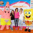 Brooke Burke et ses filles lors de l'événement sportif Skechers Pier to Pier Friendship Walk à Manhattan Beach, le 26 octobre 2014.