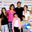 Brooke Burke and her family attending the 2014 Skechers Pier to Pier Friendship Walk in Manhattan Beach, Los Angeles, CA, USA on October 26, 2014. Photo by Vince Flores/Startraks/ABACAPRESS.COM27/10/2014 - Los Angeles