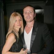 Emmanuel Petit : L'ex-footballeur s'est marié !