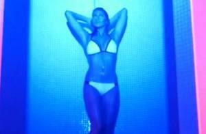 Anthony Gomes (Hollywood Girls) chauffé par un beau mannequin dans 'Je sais'