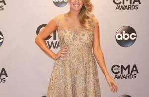 Carrie Underwood, enceinte : Baby bump timide, le sexe de bébé dévoilé ?