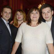 Michèle Bernier, entourée de ses enfants, fête ''Je préfère qu'on reste amis''