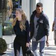 """Exclusif - Iggy Azalea et son petit ami Nick Young, complices et taquins à Los Angeles. Le 2 novembre 2014."""