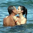 Exclusif - Jeff Goldblum et sa fiancée Emilie Livingston profitent de leurs vacances à Hawaï, le 15 juillet 2014.