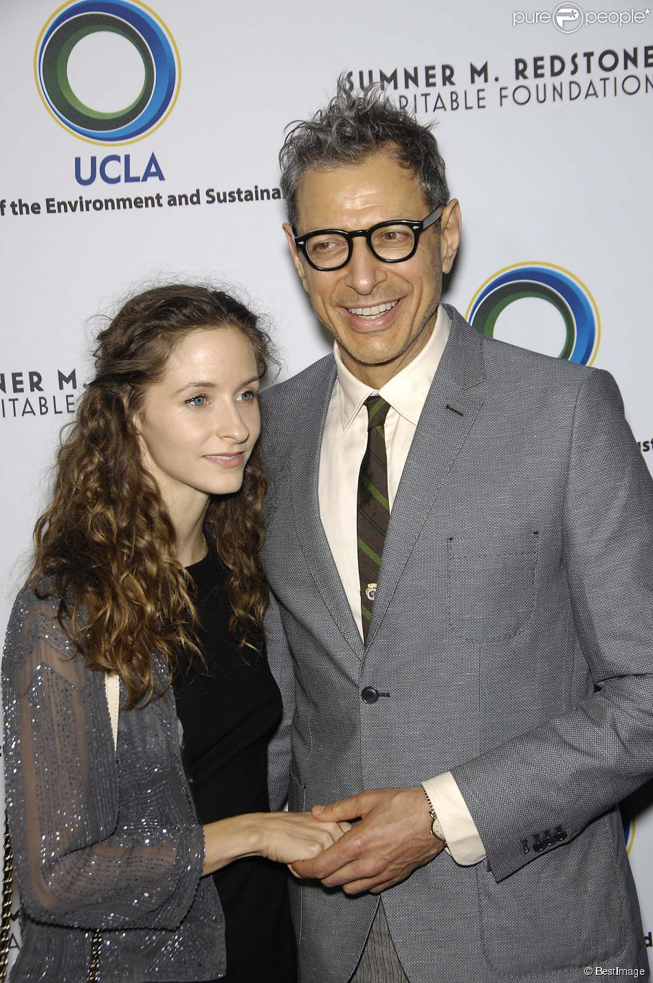 Emilie Livingston et Jeff Goldblum à Beverly Hills, le 5 mars 2013.