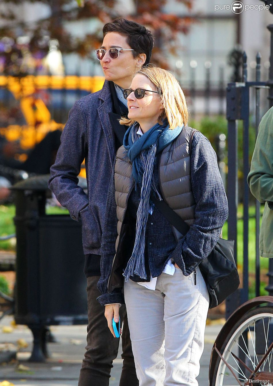 Jodie foster alexandra hedison marriage licenses