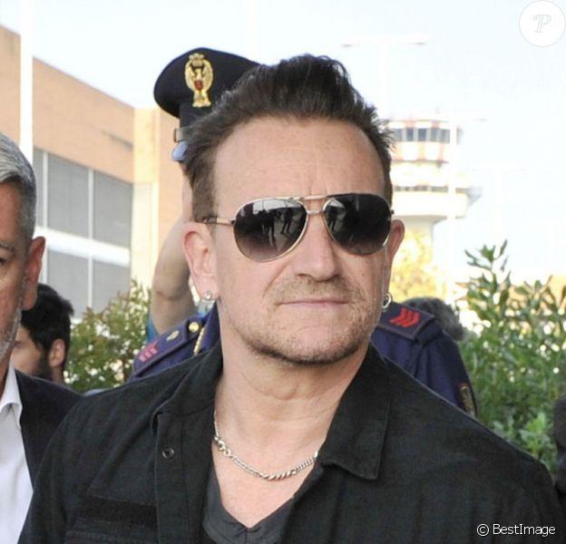 Le chanteur Bono et sa femme Ali Hewson arrivent à Venise, le 27 septembre 2014 pour assister au mariage de George Clooney et Amal Alamuddin.