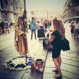 Emilie Nef Naf, enceinte de son deuxième enfant, se promène dans les rues de Milan. Août/Septembre 2014.