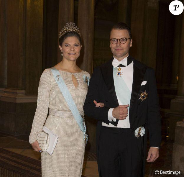 La princesse Victoria et le prince Daniel de Suède lors d'un dîner d'Etat offert le 18 novembre 2014 au palais, à Stockholm, pour les instances politiques et les diplomates.