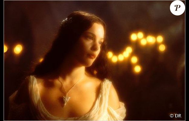 Liv Tyler est Arwen dans le Seigneur des anneaux : la communauté de l'anneau