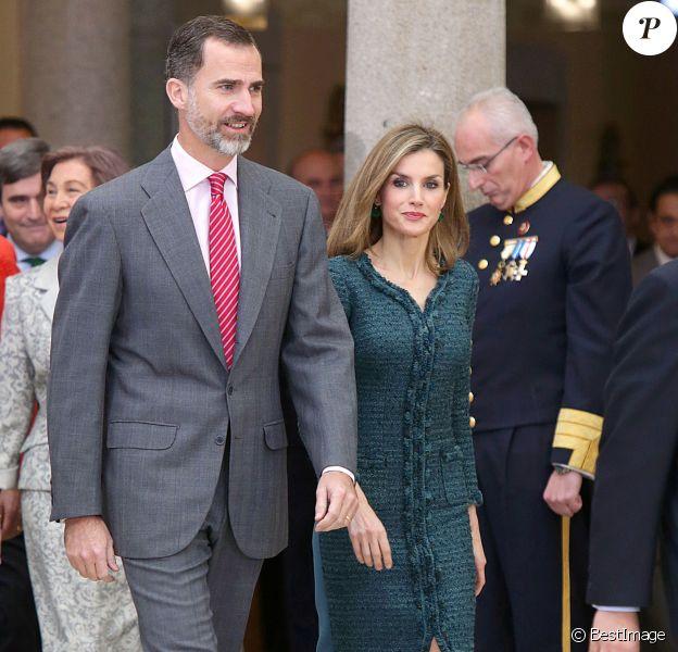 Le roi Felipe VI et la reine Letizia d'Espagne décernent les trophées des Premios Nacionales del Deporte 2013 au palais royal El Pardo. Madrid, le 4 décembre 2014.