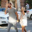 Kourtney Kardashian, enceinte, et son compagnon Scott Disick se rendent chez le médecin à Beverly Hills, le 16 octobre 2014.