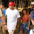 """Chris Brown fait la promotion de son dernier album """"X"""" accompagné de sa petite amie Karrueche Tran à Los Angeles le 16 septembre 2014.  Singer Chris Brown and his on-again girlfriend Karrueche Tran join his street team to promote his new album 'X' in Los Angeles, California on September 16, 2014. Chris and his crew rode around on a Star Line Tour bus and made stops along the way to pose with fans. Singer Omarion was also spotted out and stopped to chat with Chris.16/09/2014 - Los Angeles"""