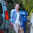 Jonathan Rhys-Meyers avec sa future fiancée à West Hollywood, Los Angeles, le 23 août 2014.