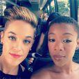 Lauren Morelli et Samira Wiley, respectivement scénariste et actrice d'Orange Is The New Black, sont en couple. Photo Instagram, août 2014, à l'occasion des Emmy Awards.