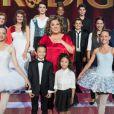 Marianne James entourée des jeunes talents de Prodiges sur France 2, le samedi 27 décembre 2014.
