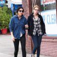 Kristen Stewart et Alicia Cargile (son ancienne assistante qui est devenue une meilleure amie) passent du temps ensemble la veille de Noël à Silverlake, le 24 décembre 2014.