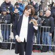 Inès de la Fressange arrive au défilé Haute Couture Chanel Spring-Summer 2015 le 27 janvier 2015