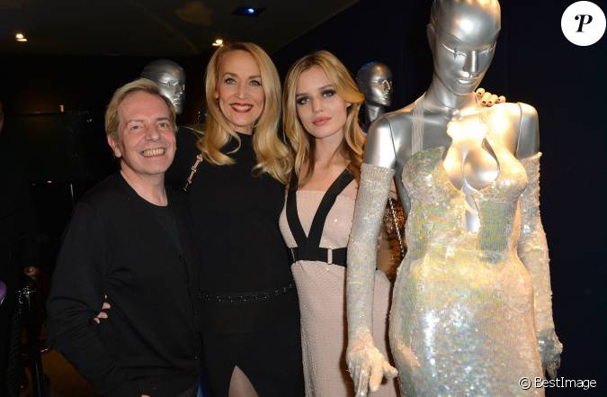 Jerry hall georgia may jagger cocktail lors de la for Cocktail jagger