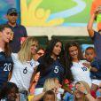 Fiona Cabaye, la compagne de Loïc Rémy girlfriend, Mazda Magui, Ludivine Sagna, Sandra Evra, lors du match entre la France et l'Equateur au Maracana de Rio de Janeiro, le 25 juin 2014