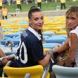 La compagne de Loïc Rémy et Fiona Cabaye lors du match France - Equateur à Rio de Janeiro au Brésil le 25 juin 2014