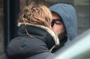 Zachary Quinto : Baiser complice avec son chéri et... James Franco !