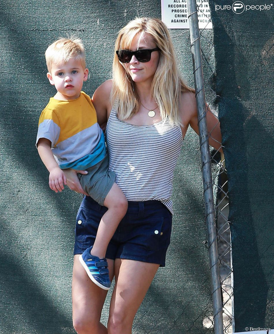 Reese witherspoon en famille son adorable tennessee est - Maison rustique adorable tennessee nov ...