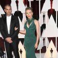 Scarlett Johansson et son époux Romain Dauriac à la 87e cérémonie des Oscars à Hollywood, le 22 février 2015.