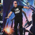 """Vin Diesel sur des échasses lors de la première du film """"Les Gardiens de la Galaxie"""" (Guardians of the Galaxy) au cinéma The Empire, Leicester Square à Londres, le 24 juillet 2014."""