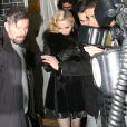 Madonna quitte l'Annabel's à Londres. Le 26 février 2015.