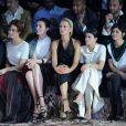 Olga Kurylenko, Erin O'Connor, Karolina Kurkova, Sofia Richie et Audrey Tautou assistent au défilé H&M Studio automne-hiver 2015-2016 au Grand Palais. Paris, le 4 mars 2015.