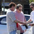 Exclusif - Pierce Brosnan et sa femme Keely Smith font du shopping à Malibu le 8 mars 2015.
