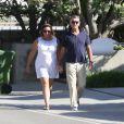 Exclusif - Pierce Brosnan se promène avec sa femme Keely Shaye Smith à Malibu le 28 février 2015.